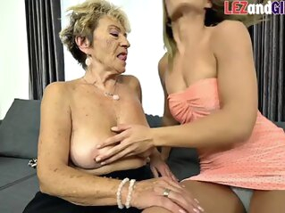 granny lesbian tube ass-licking babes